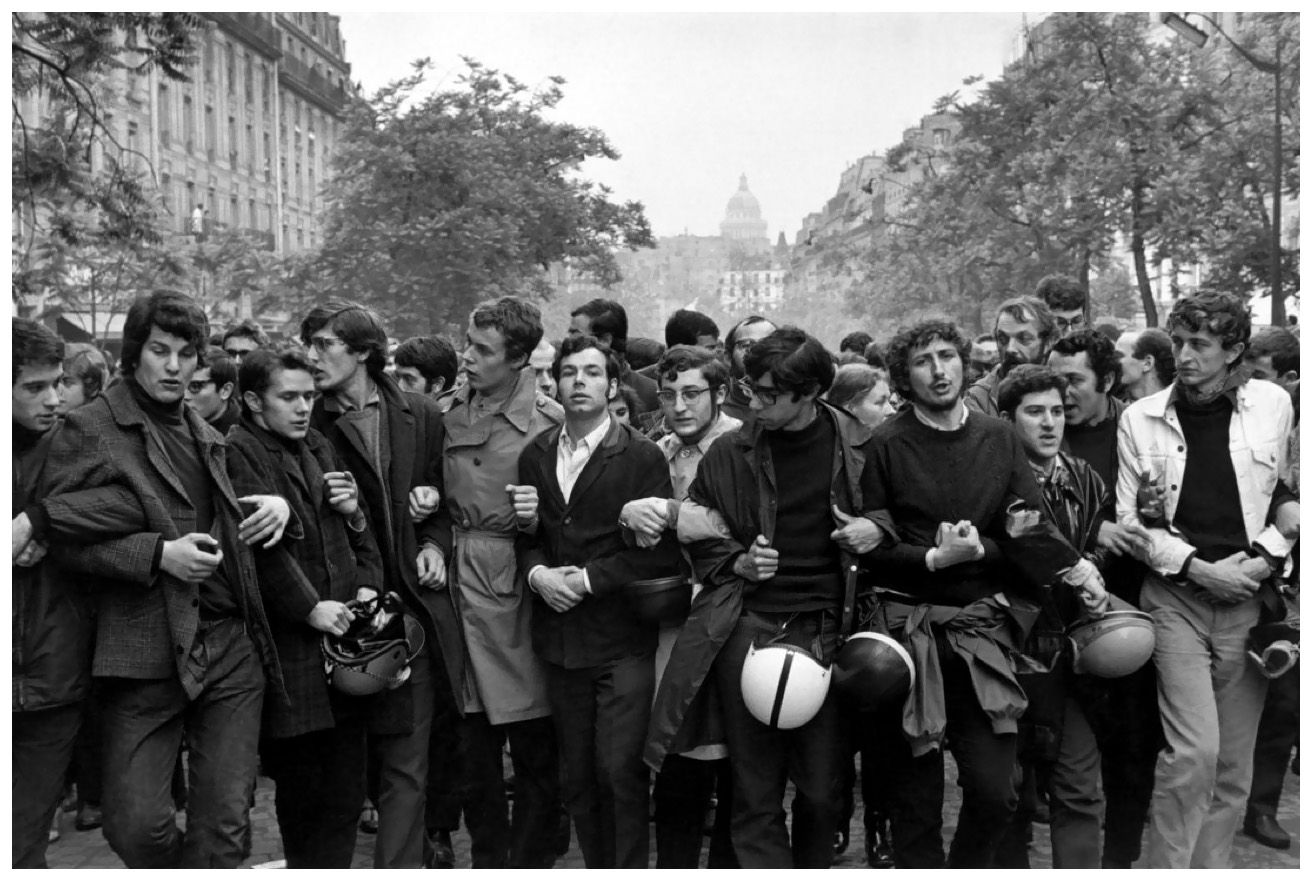 Henri cartier bresson student demonstration paris 1968